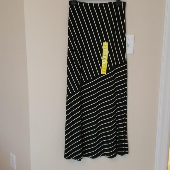 Matty M Dresses & Skirts - NWT matty m long skirt